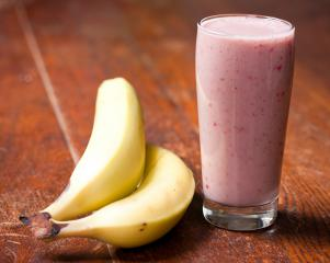http://veganforeveryone.com/recipes/banana-berry-smoothie/